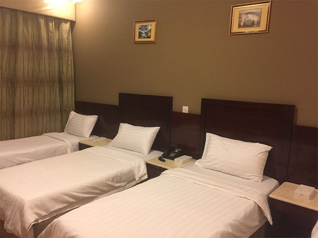 Umrah deluxe package